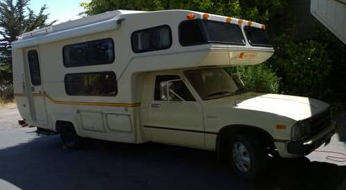 1983 Toyota Sunrader 21FT R22 Motorhome For Sale in San