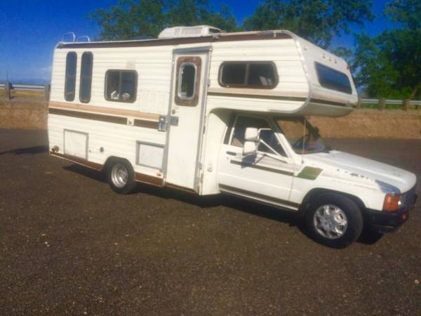 1984 Toyota Dolphin Motorhome For Sale in Redding CA