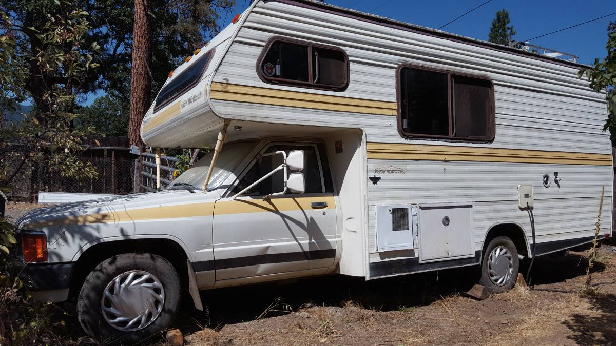 1985 toyota new horizon motorhome for sale in redding ca. Black Bedroom Furniture Sets. Home Design Ideas