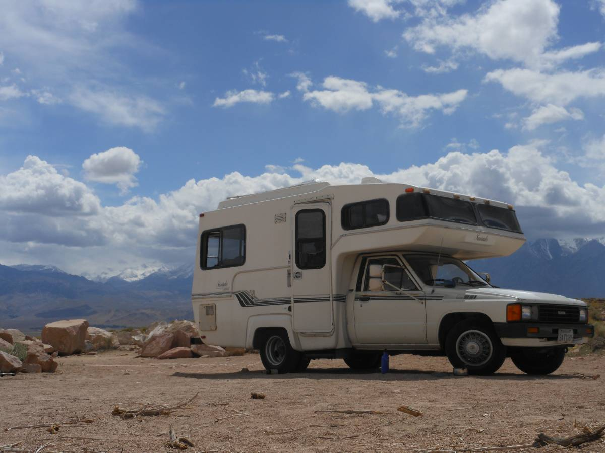 1985 Toyota Sunrader Motorhome For Sale in Santa Cruz, CA