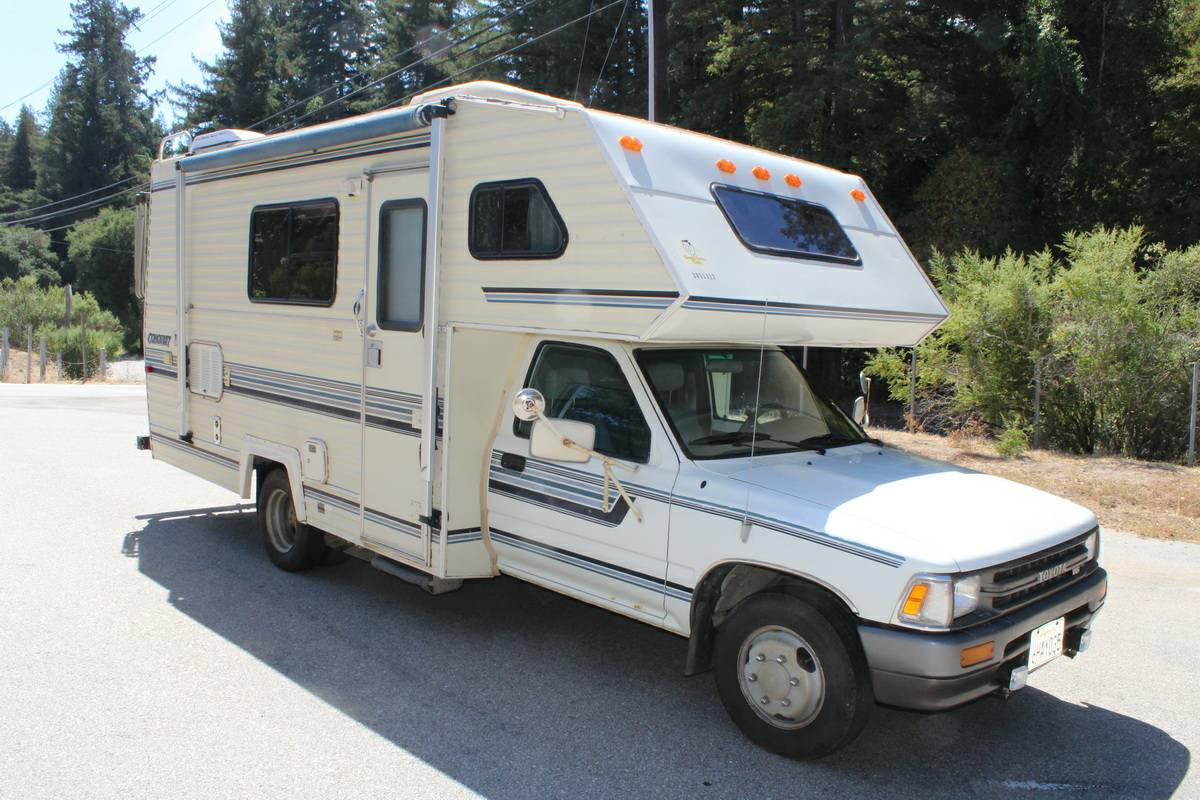 Excellent 1986 Toyota Dolphin Motorhome For Sale In Grass Valley CA