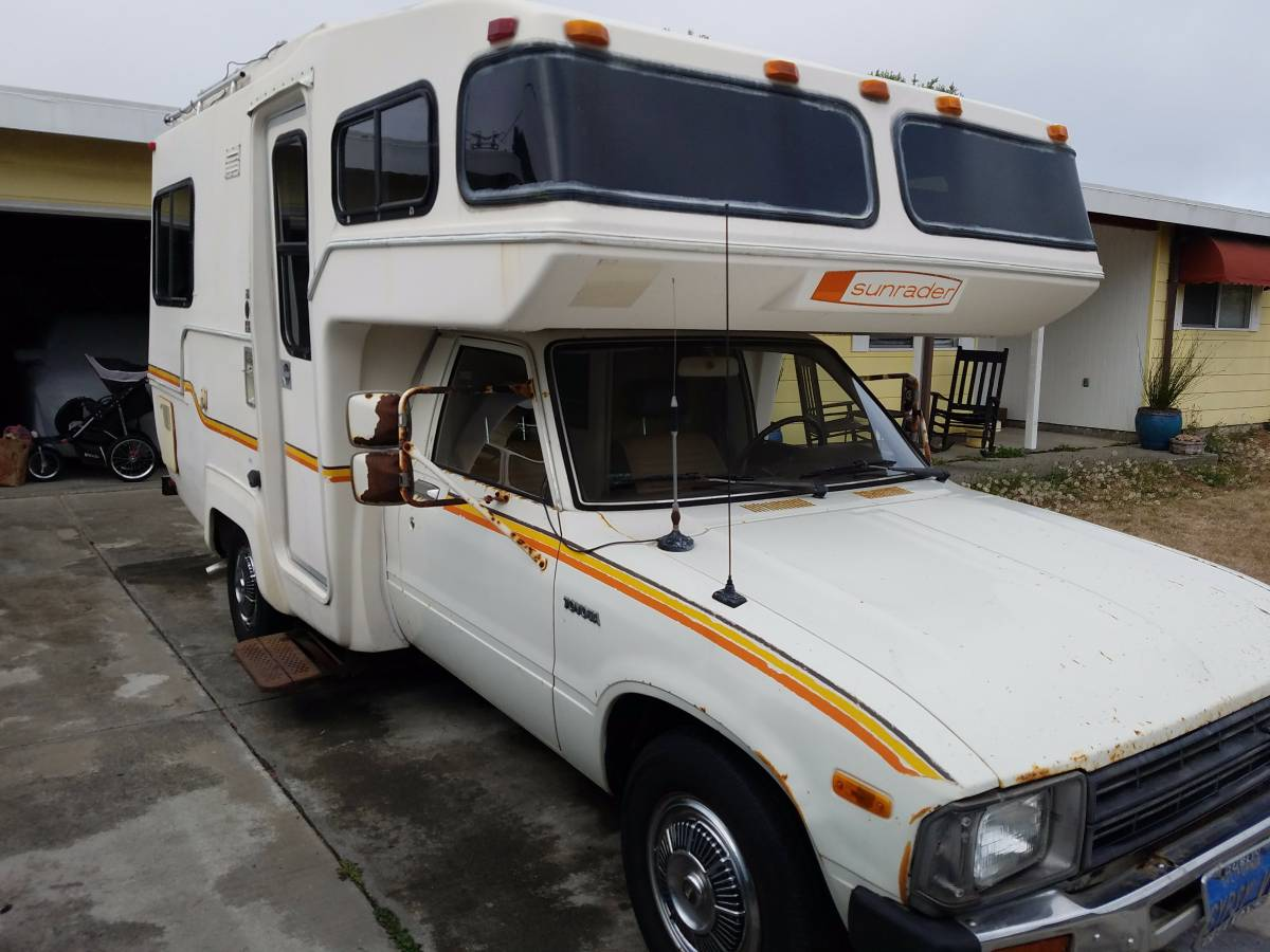 Beautiful 1983 Toyota Dolphin Motorhome For Sale In Placentia CA